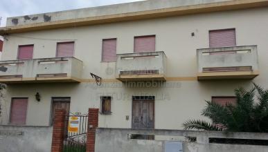 Rif. 324 - Terme Vigliatore - Edificio con ruderi zona mare in VENDITA