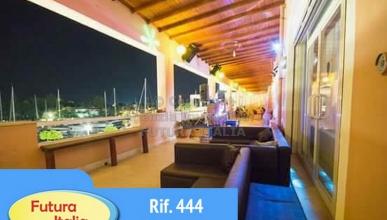 Rif. 444 - Portorosa - Locale ristorante/pub/bar in VENDITA