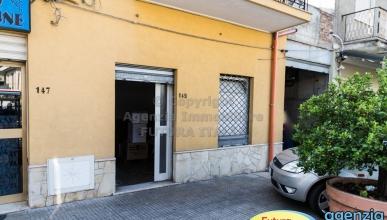 Rif. 457 - Terme Vigliatore - Locale commerciale ottima posizione in AFFITTO