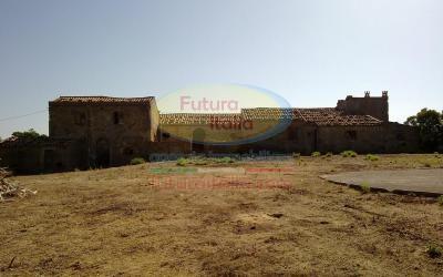 Rif. 306 | Tripi | Antico borgo di fabbricati rurali con ampio terreno