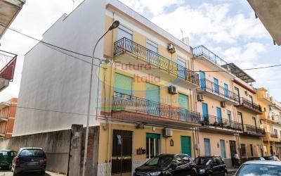 Rif. 477 | Barcellona P.G. | Ampio appartamento al secondo piano