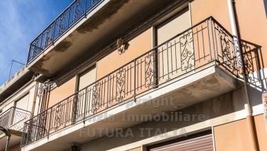Rif. 436 - Terme Vigliatore - Edificio costituito da n. 3 appartamenti in VENDITA