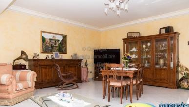 Rif. 470 - Terme Vigliatore - Appartamento 5 vani zona centrale in VENDITA