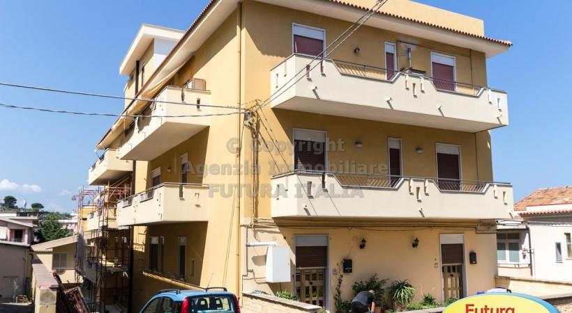 Rif. 446 - Terme Vigliatore - Appartamento 5 vani in VENDITA