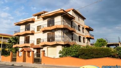 Rif. 478 - Terme Vigliatore - Appartamenti allo stato rustico in VENDITA