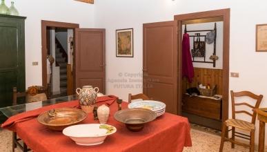 Rif. 427 - Terme Vigliatore - Particolare casa singola in VENDITA