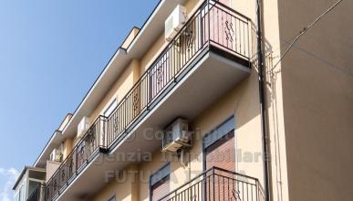 Rif. 456 - Falcone - Appartamento luminoso in zona centrale in VENDITA