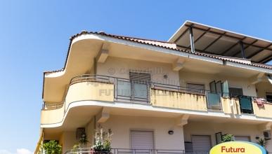 Rif. 448 - Terme Vigliatore - Appartamento piano secondo 4 vani in VENDITA